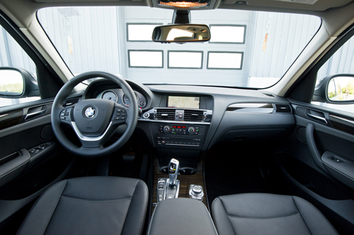 BMW X3 interior photo picture