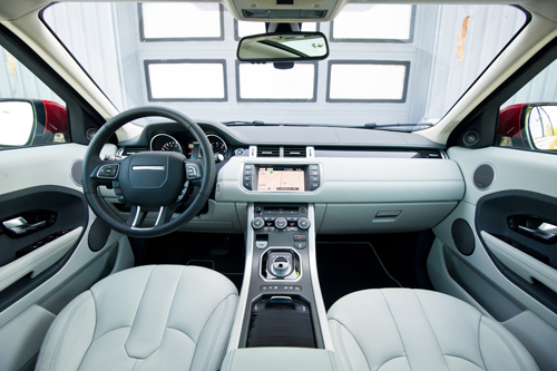 Range Rover Evoque interior photo picture