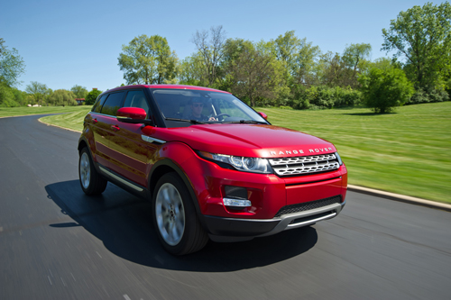 Range Rover Evoque front three quarters motion moving photo picture