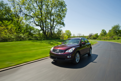 Infiniti EX35 front three quarters moving motion photo picture