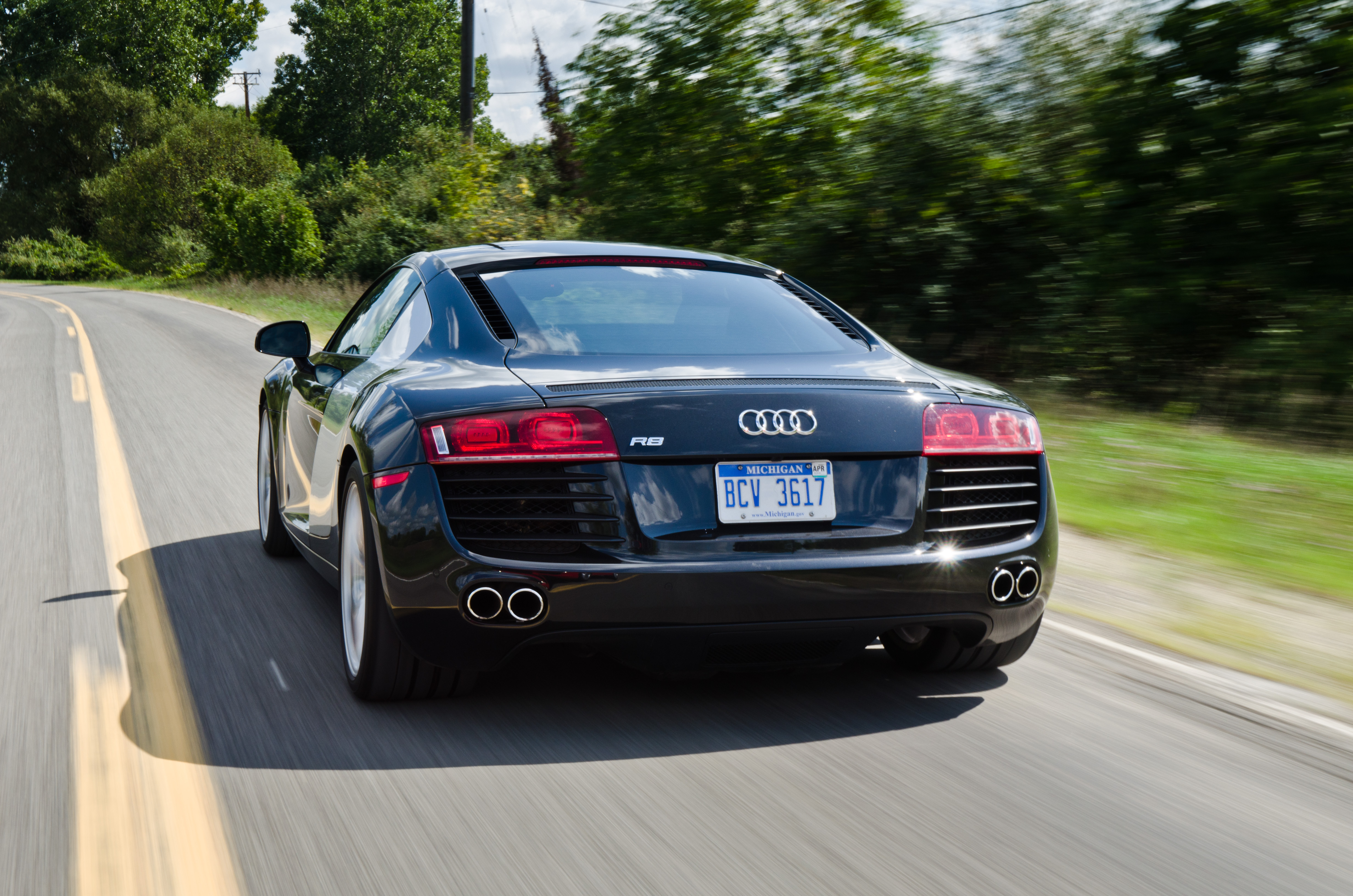 Driven 2012 Audi R8 4 2 Coupe Winding Road