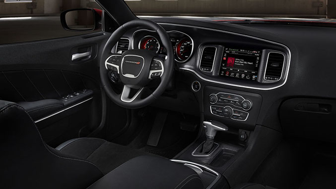 2015 Dodge Charger: The World's Only Four-Door Muscle Car Gets New