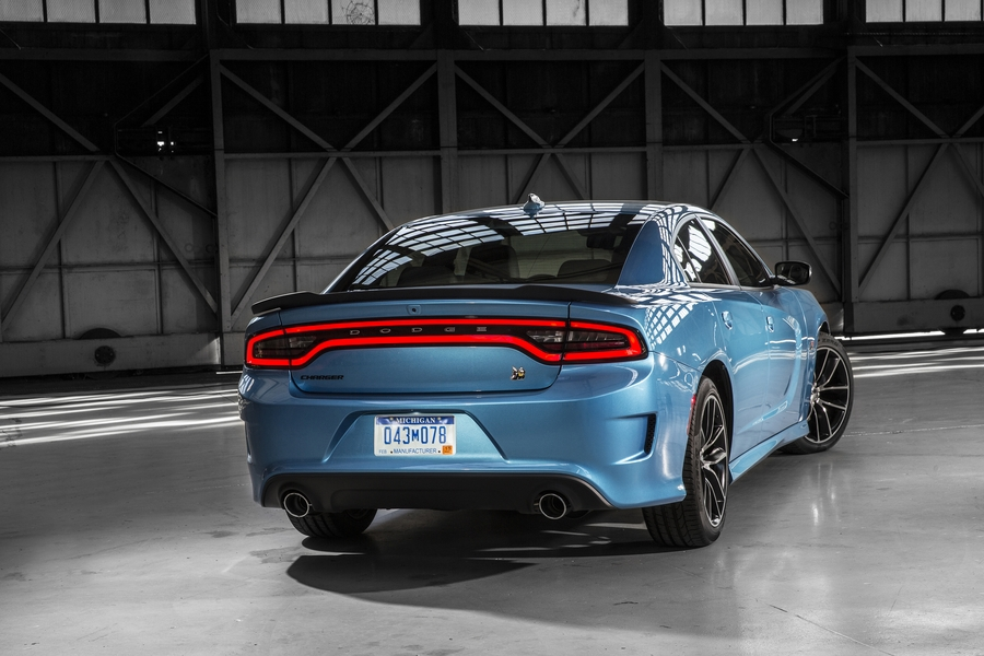 Wr Tv 2015 Dodge Charger R T Scat Pack Winding Road