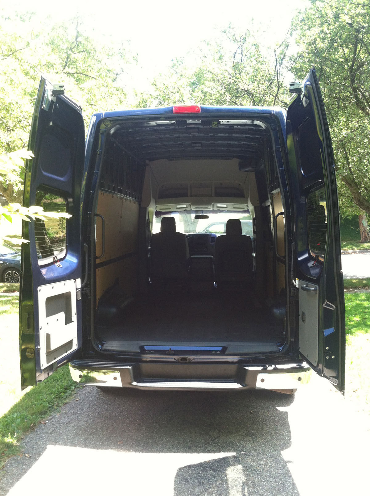 driven 2012 nissan nv2500 hd. Black Bedroom Furniture Sets. Home Design Ideas