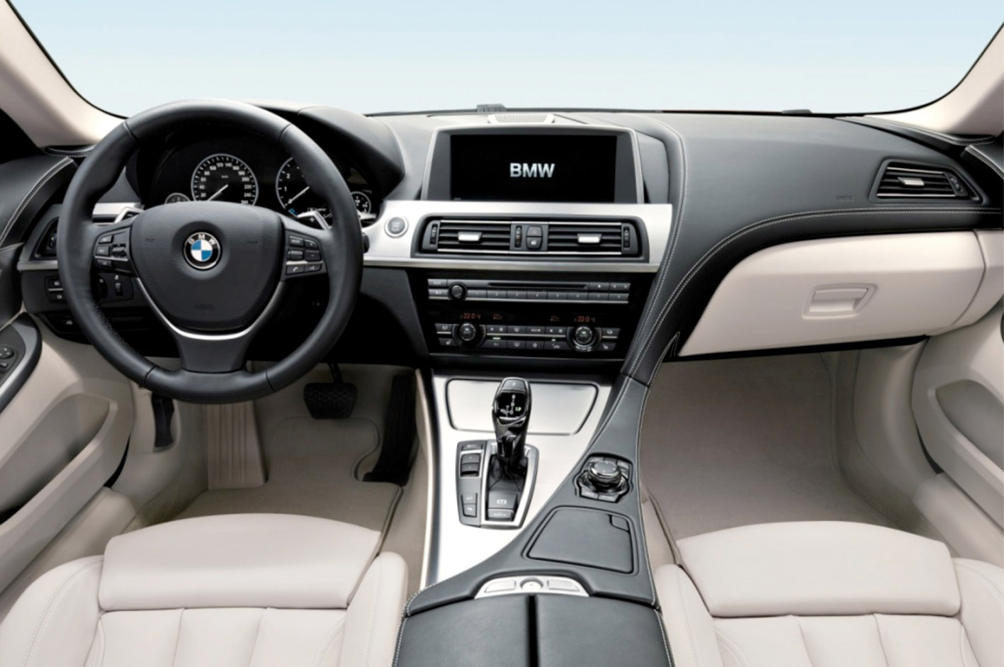 driven 2014 bmw m6 gran coupe winding road. Black Bedroom Furniture Sets. Home Design Ideas