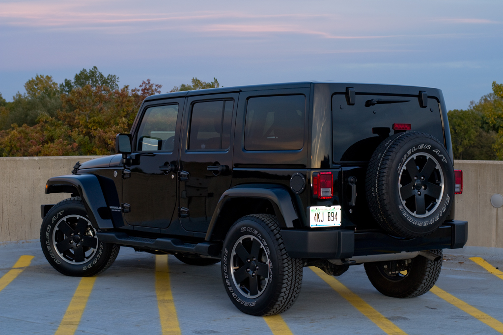 Quick Drive: 2012 Jeep Wrangler Unlimited Altitude Edition 4X4